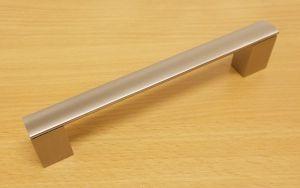 Úchytka Porta 160/170 mm Ni-broušený