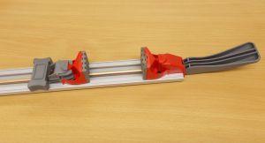 Svorka s lištou ,připevni a řež, 100 cm